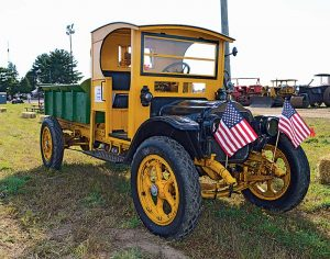 The Historical Construction Equipment Association had many antique vehicles on hand at the event. Photos by Megan Smalley.