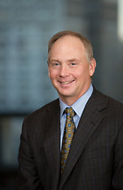 Brad Halverson, CFO Caterpillar, plans to retire in 2018