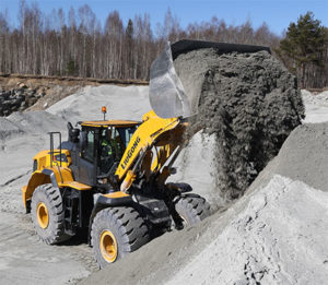 The 877H wheel loader will bridge the gap between the 856H and 890H wheel loaders. Photo courtesy of LiuGong North America.