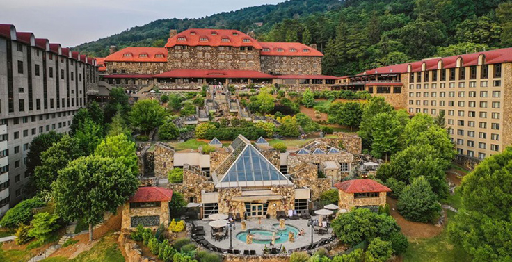 The Omni Grove Park Inn in Asheville, North Carolina, will play host June 2-3 to the 2021 Pit & Quarry Roundtable & Conference. Photo: The Omni Grove Park Inn