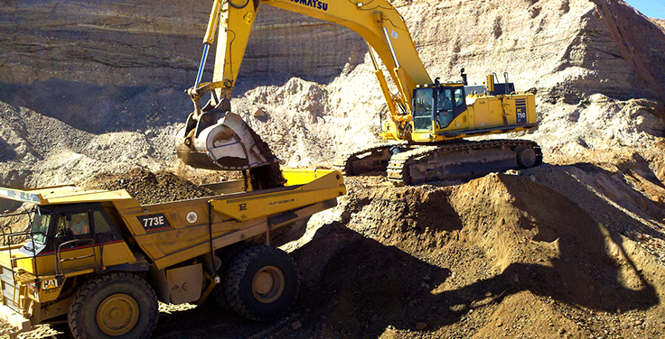 Quarry managers rely on tailgates to increase load volume and jobsite productivity. Photo: Philippi-Hagenbuch