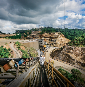 A long conveyor can transport bulk material faster and more consistently than vehicles. Photo: Martin Engineering