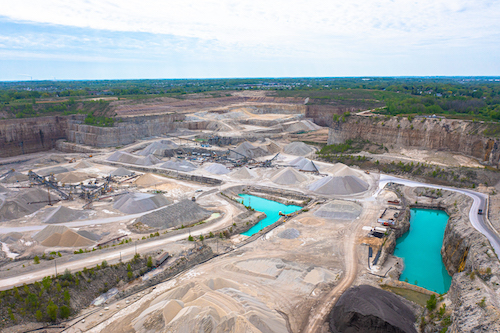 Payne & Dolan owns and operates pits and quarries in Wisconsin, Michigan and northern Illinois. The company is now utilizing Trimble technology at its Waukesha lime and stone quarry, its Franklin quarry and its Racine quarry – all of which are in Wisconsin. Photo: Trimble